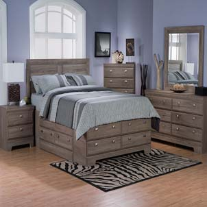 Yorkdale Queen 7 Piece Set in Dark Saddle Birch